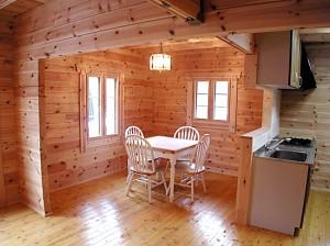 丸太小屋、人気のログハウス